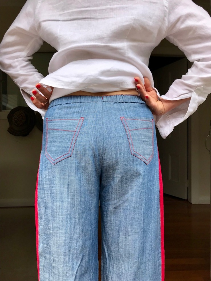 Tencel trousers with pockets too far apart?
